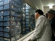 京都府立図書館で館内見学会 自動化書庫や教科書のコレクション紹介も