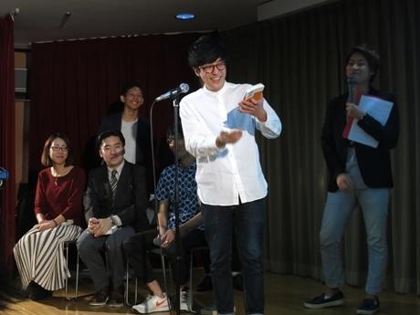 京都で「ビブリオバトル」 お笑い芸人と図書館司書が本のプレゼン対決