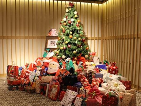 福島の園児に贈られる295個のギフトが集まった