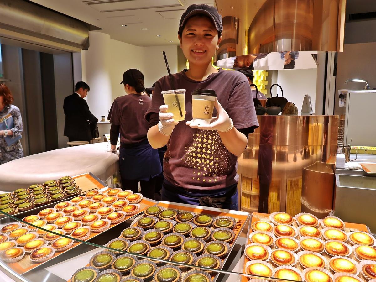 日本茶の提供も行う「BAKE CHEESE TARTコトチカ京都店」