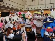 京都タワーの「たわわちゃん」誕生日会 「たわわファミリー」お披露目も