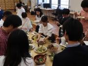 京都で昆虫食パーティー 「自産自消」の可能性訴求