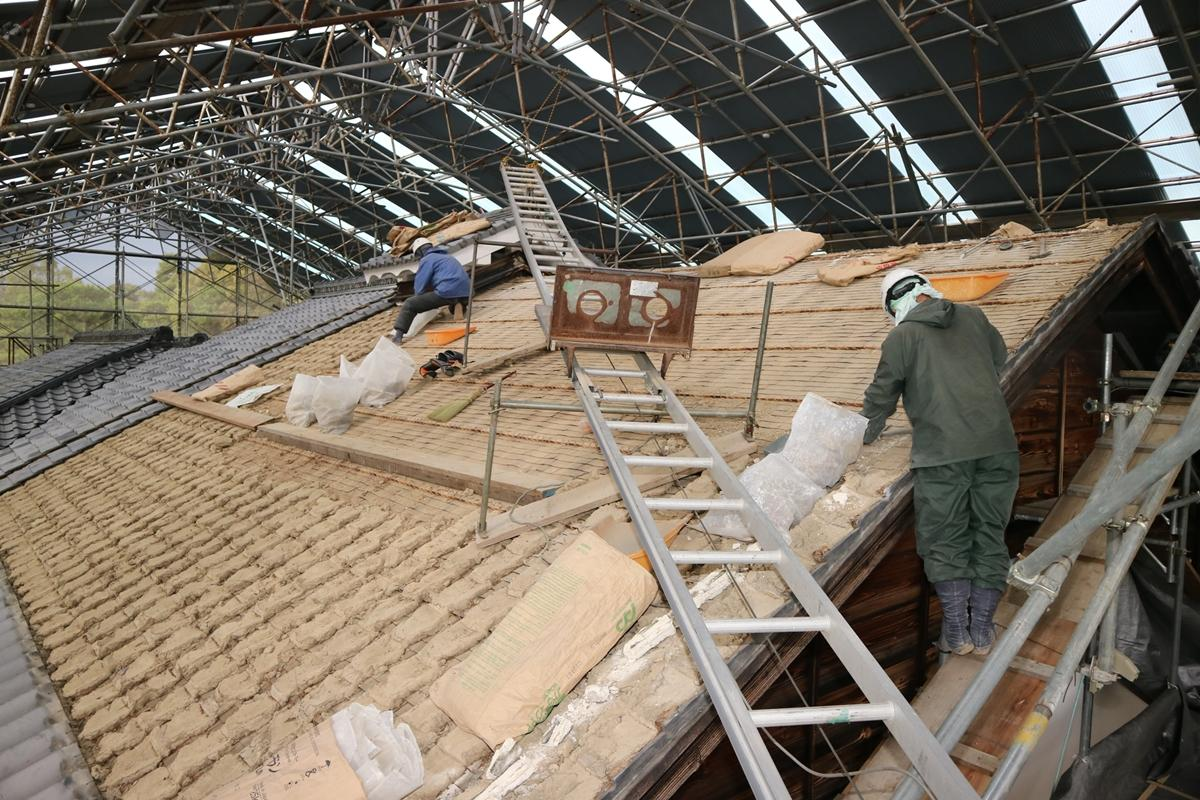 修復作業中の本丸御殿(写真提供:二条城)