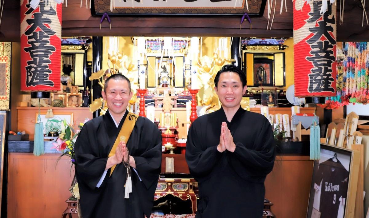 (左から)仁部前誠さん、前叶さん