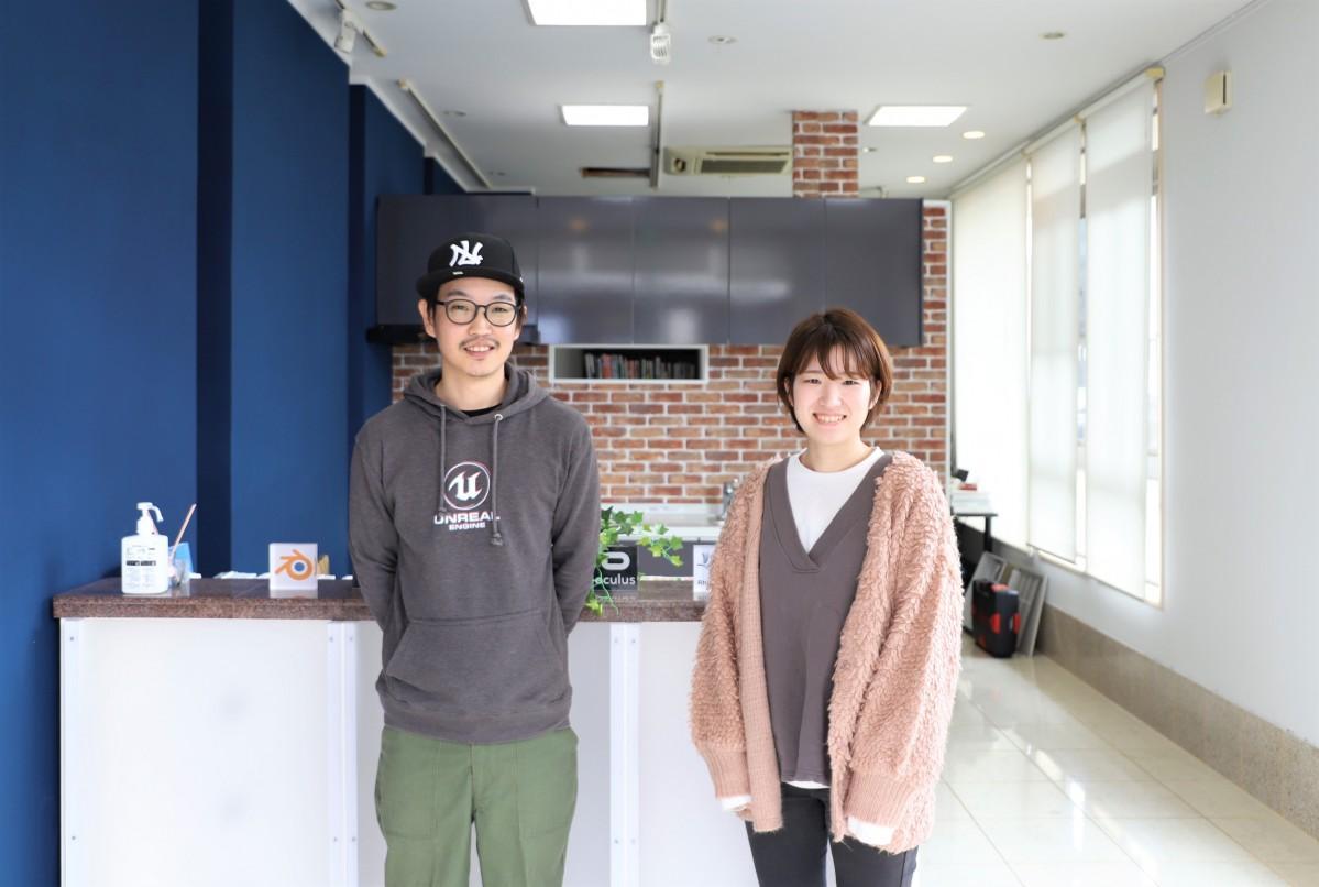 (左から)代表の板橋嶺さん、山野由香里さん