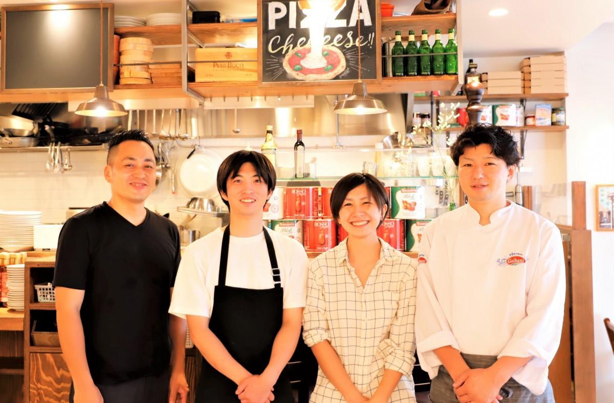 (左から)小野達也さん、高橋和樹さん、高松恵美さん、内野公夫さん