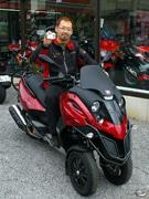 二輪免許不要のイタリア製「3輪バイク」-足立のバイク店で人気に