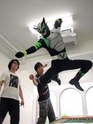 草ヒーロー「ゼロング」、来月のイベントに向けアクション教室で特訓