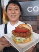 東京理科大で鹿肉使った「葛飾バーガー」-店内1番の人気商品に