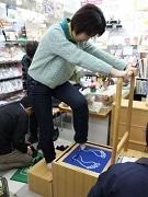 葛飾のギフトショップで足型計測会-立ち方・歩き方のアドバイスも