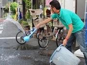 葛飾・堀切の商店街で「打ち水大作戦」 エコ意識広め街の活性化も