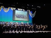 葛飾で2部制の成人式 「セカオワ」共演吹奏楽部生徒によるパフォーマンスも