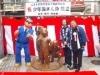 亀有で両さん銅像の除幕式-原作者や麻生首相も出席