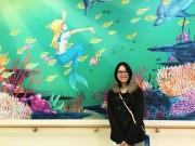 川越・尚美学園大学生が手掛けた介護施設の壁紙アートお披露目