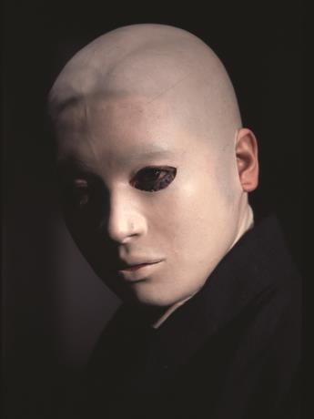 映画「犬神家の一族」に登場する「スケキヨ」こと犬神佐清 ©KADOKAWA1976
