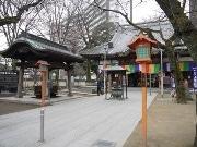 川越蓮馨寺で「ゆかたファッションショー」 募集参加者がステージウオーキング