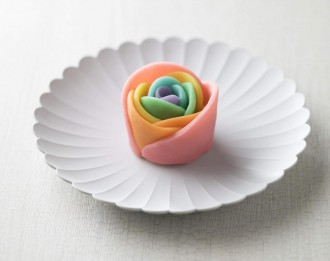 LGBTQ啓発のレインボー和菓子 川越の亀屋と最明寺が共同開発