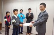 川崎市で「子ども記者」任命式 「かわさきオープンエアプロジェクト」の一環