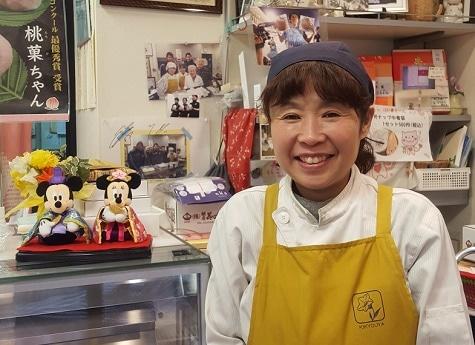 いつもにこやかなおかみの須田美鈴さん