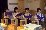 川崎・武蔵新城で女子大生企画の朗読会 ラジオ番組放送開始も