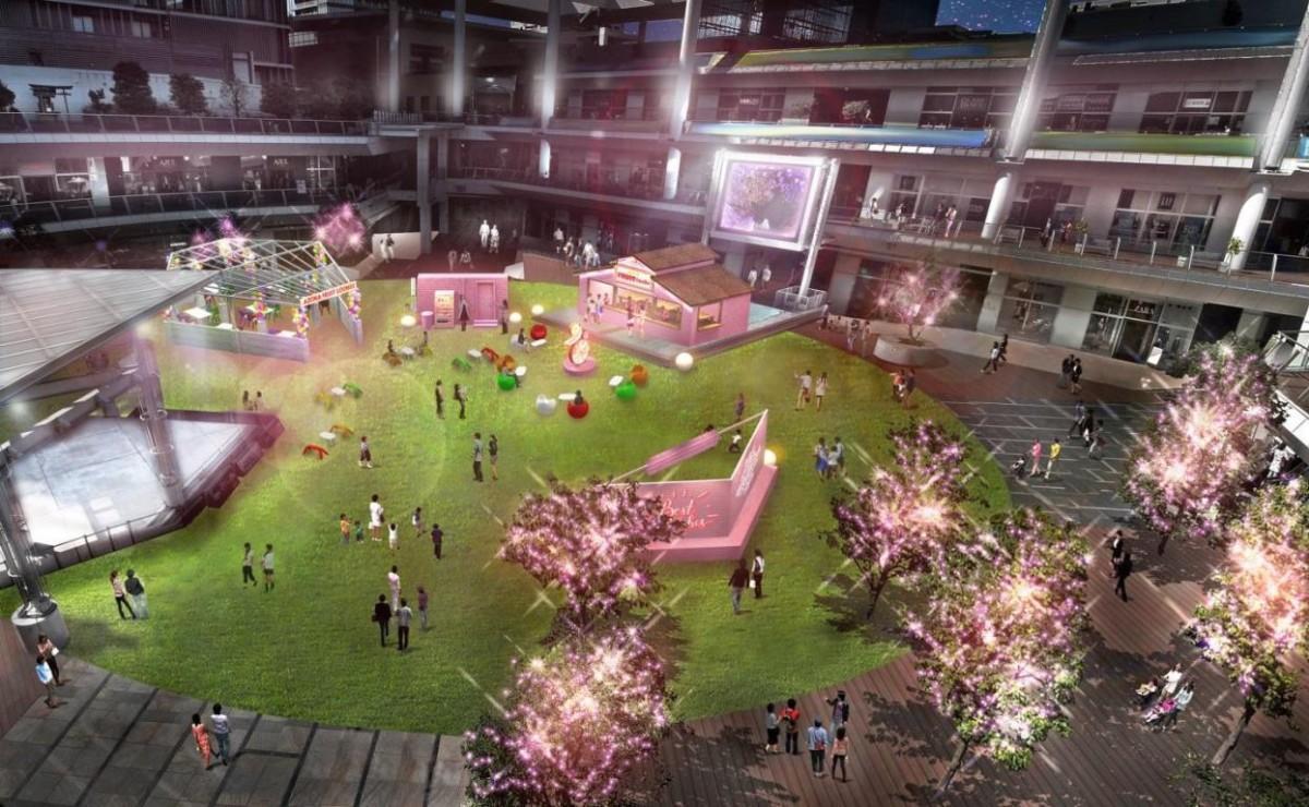 夜はピンクに染まったルーファ広場を楽しめる