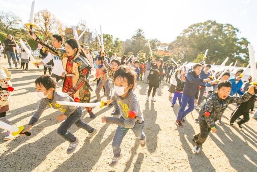 親子で参加可能なチャンバラ合戦