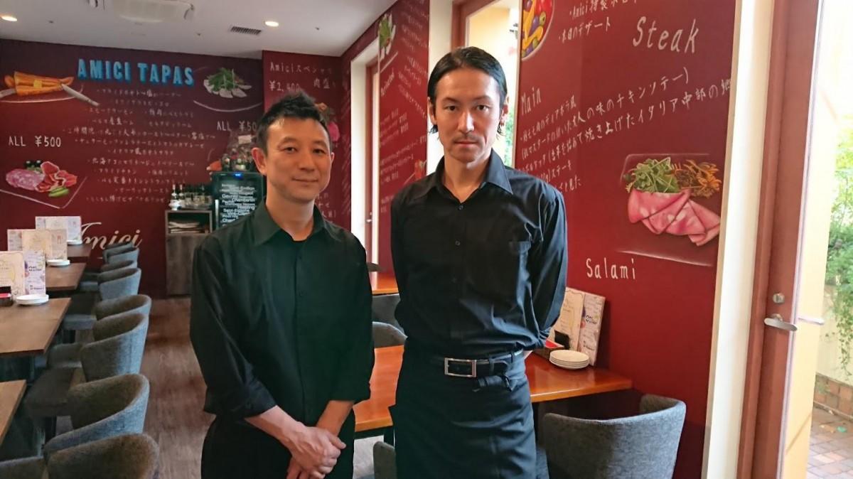 料理長の石田勝さん(左)と店長の森村良章さん(右)