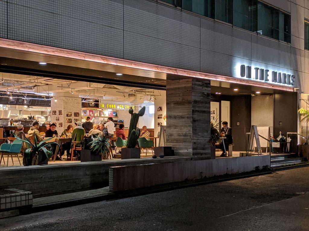 レントラン営業が最終日のホテル外観