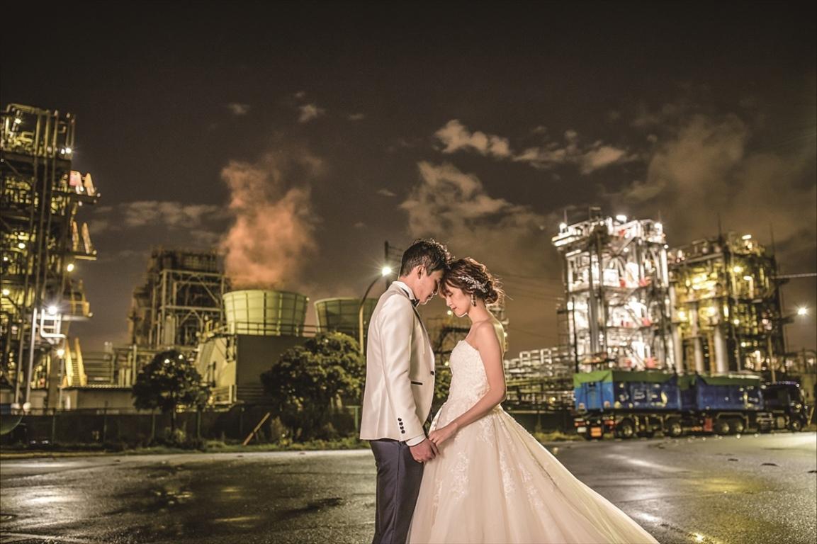 工場夜景の背景など川崎市内のさまざまな観光スポットで撮影も