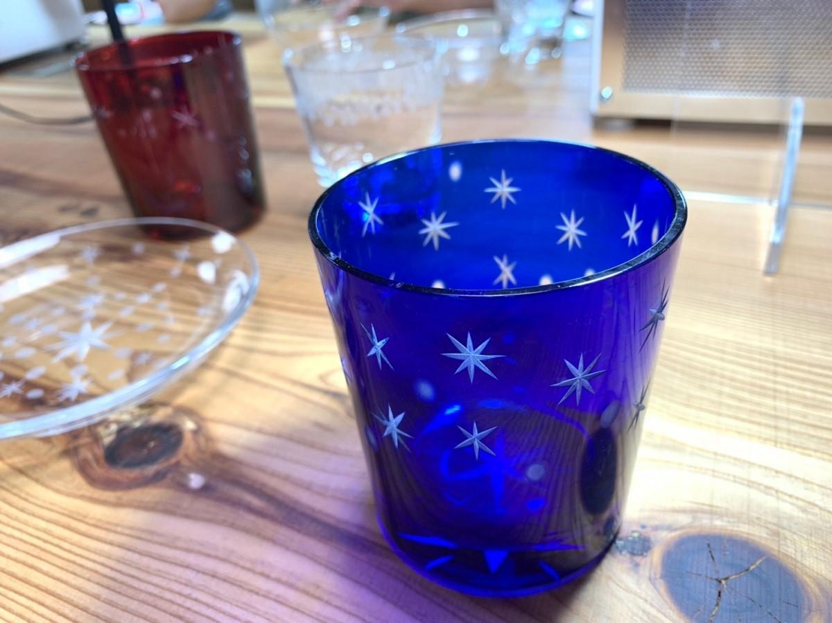 参加者が制作した切子グラス作品