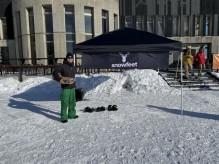 溝口の室内スキー場で新ウインタースポーツの体験会 代表「週末にスーツで滑りに行く文化を」