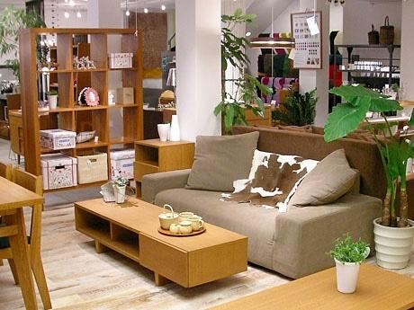 オリジナルデザインが好評の「unico」の家具。写真は代官山店のもの