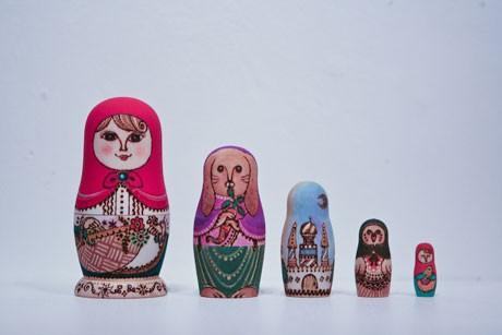日本デザイン専門学校の先生でもあるta-nyaさんのマトリョーシカ作品