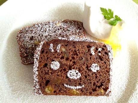 期間中のオリジナルメニュー「キュッパのチョコケーキ」(500円)