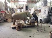 吉祥寺駅前にアジア象「はな子」の銅像 親しげにあいさつするような姿で