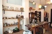 三鷹に古道具とアクセサリーの店「ブロッカ」 日常的に楽しめる生活雑貨