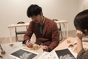 吉祥寺でコーヒー画のワークショップ インスタントコーヒーで絵を描く