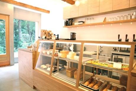 井の頭公園駅そばにコーヒースタンド 中目黒に次ぎ2号店、新自家製パンも