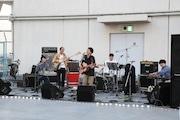 吉祥寺の丸井で「PARKS」秋祭り 映画出演ミュージシャンらがライブ