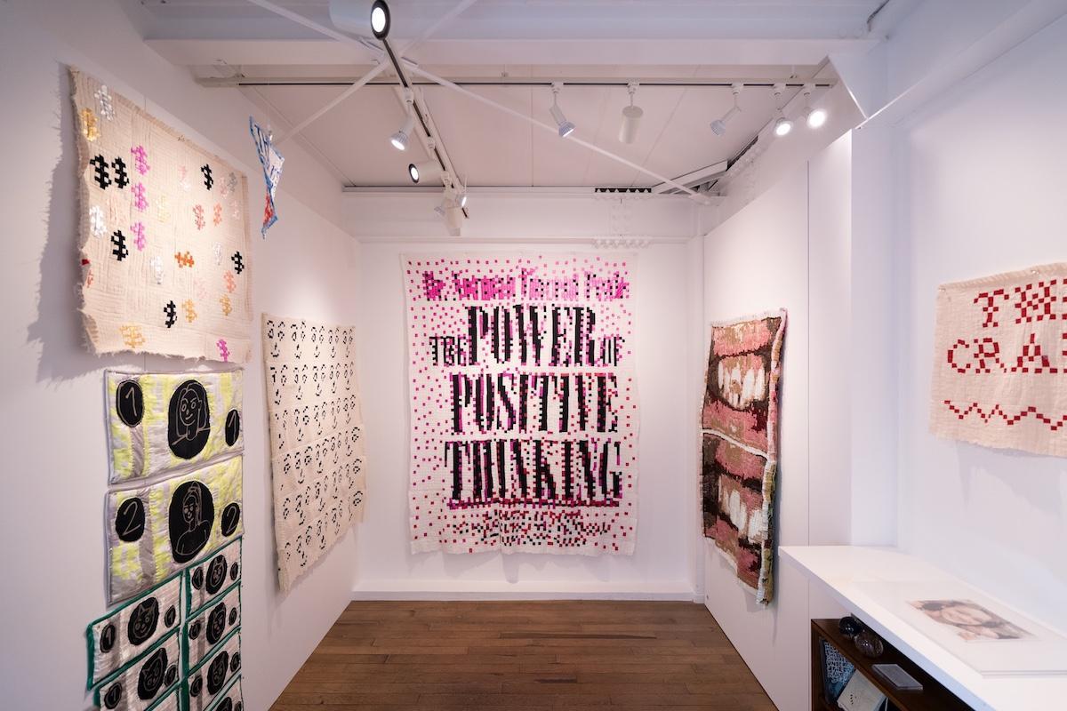 「amala」で開催中のアンナ・ノードストロームさんの展示風景