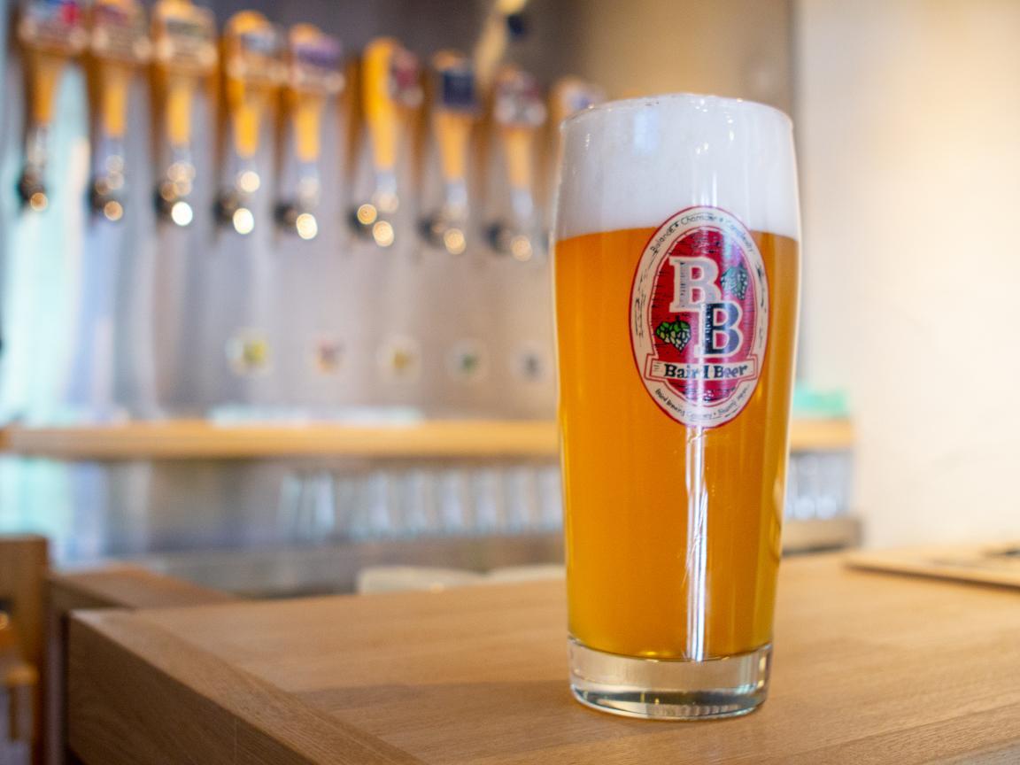 ホップの持つスパイシーさとフルーティーなアロマが特徴のベアードビール