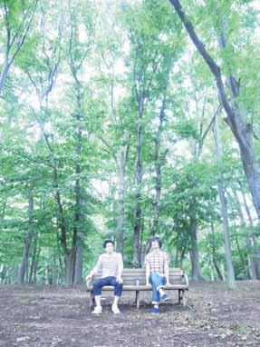 中学時代の同級生、有坂塁さんと渡辺順也さんによる移動映画館「キノ・イグルー」による上映会