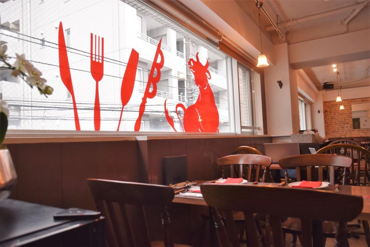 2階に開店したシュラスコレストランALEGRIA kichijoji店内の入り口付近