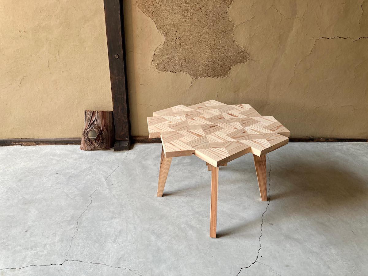 「Twist Table 44」(9万9,000円。税込、送料別)
