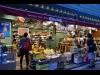 吉祥寺の輸入食品店「カーニバル」が改装 ワインも強化