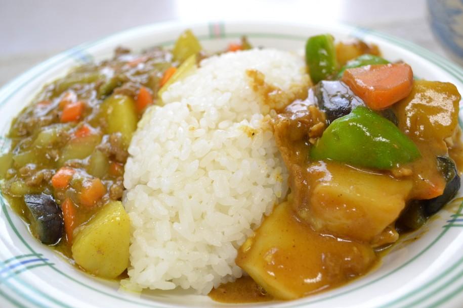 市役所の食堂で提供される「小平夏野菜カレー」