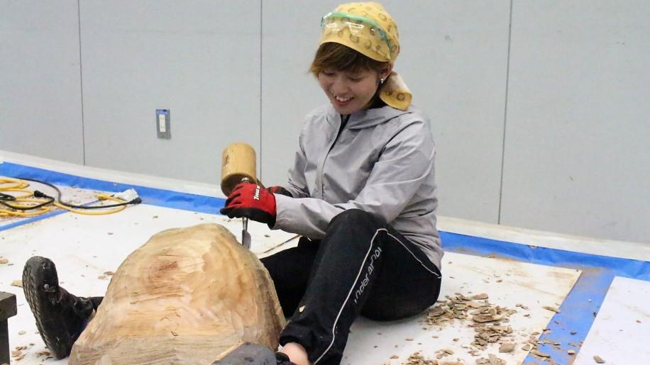 木彫滞在制作の様子