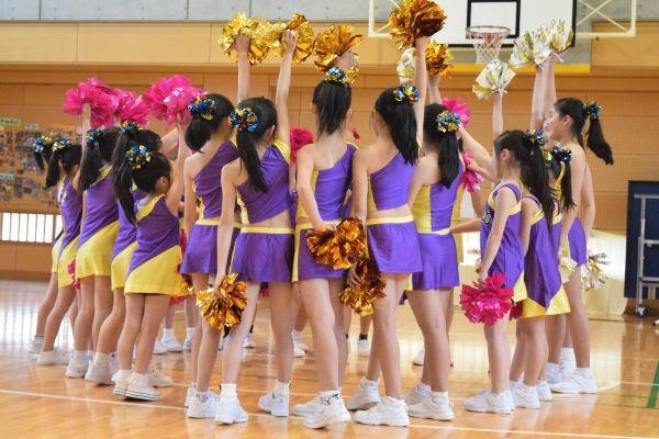 ひばりが丘児童センター・チアダンスクラブ「ルナーズ」のパフォーマンス(写真は昨年の様子)