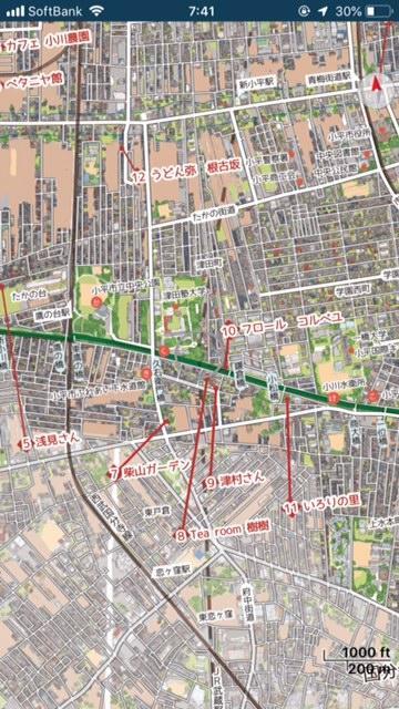 市内の名所がくまなく描きこまれたマップ。ウェブでも見られるように