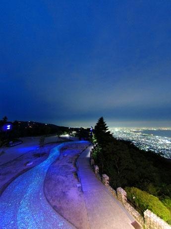 講師の泊浩久さんが撮影した神戸の夜景